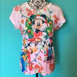 Disney Mickey Minnie Goofy Holiday T shirt Stretch